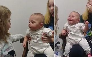 نوزادی که برای اولین بار صدای خواهر و مادرش را شنید + فیلم