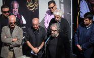 اظهارات تند پرویز پرستویی علیه مهران مدیری در تشییع جنازه ملک مطیعی+عکس