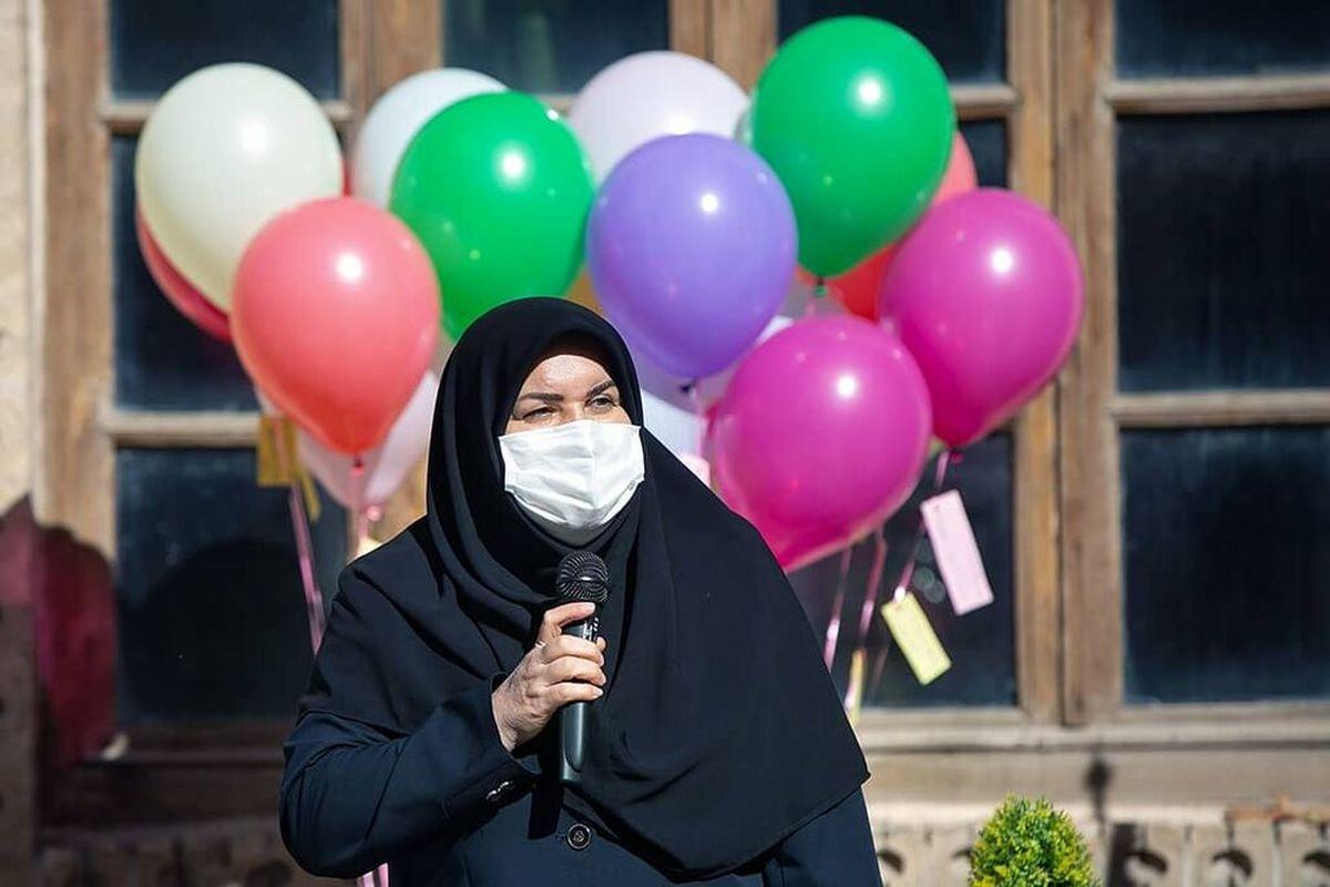 آیین رونمایی از عروسک نماد مدافعان سلامت در کرمانشاه