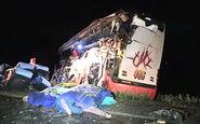 ۳۶ کشته و زخمی در تصادف اتوبوس و کامیون + فیلم