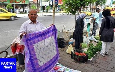 انتقال دستفروشان خیابان امام آبادان به بازار شب تجربه ناموفق بود
