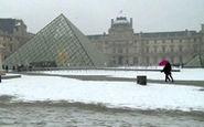 حال و هوای پاریس در اولین برف زمستانی