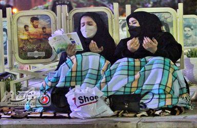 گزارش تصویری شب قدر در گلستان شهدای اصفهان