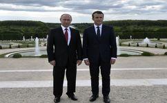 پوتین خواستار حل و فصل اختلافات با فرانسه شد
