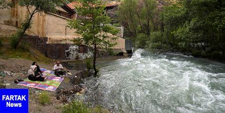 نجات دختر 10 ساله از غرق شدگی در رودخانه کرج