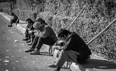 وضعیت معیشت ۷۰ درصد کارگران وخیم است/ مزد امسال زخم عمیقی بر دل آنها گذاشت