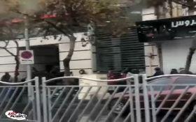 فیلم/صف مردم در مشهد برای انجام امور بانکی!