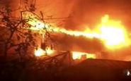 شعلههای مهیب آتش در چهارراه استانبول که آتشنشانان با رشادت مهارش کردند