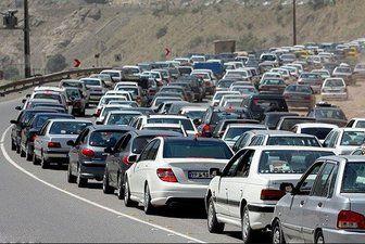 ترافیک سنگین در ورودی و خروجی کلانشهرها/ چالوس یک طرفه شد