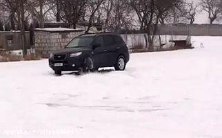 زیر گرفتن 6 نفر پس از دریفت در برف + فیلم