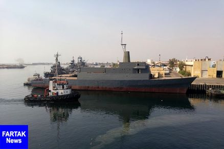 سفر هنرمندان به خلیج فارس/ واکنش ناوسواران آمریکا در رویارویی با قایقهای سپاه + عکس و فیلم