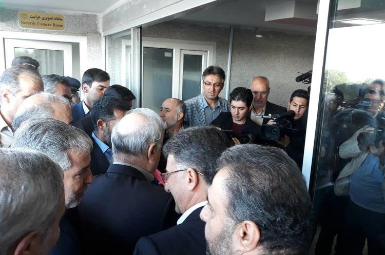 افتتاح اولین بیمارستان سوختگی غرب کشور با حضور وزیر بهداشت، درمان و آموزش پزشکی به روایت تصویر