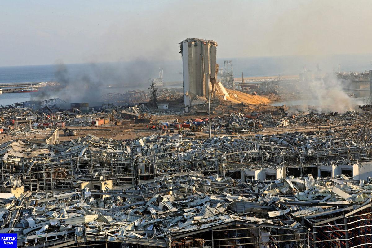 نیمی از شهر بیروت ویران شده است/ در حال خارج کردن اجساد سوخته شده و تکه تکه شده هستیم