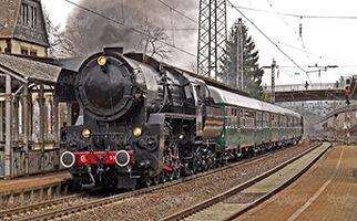 روند تغییر قطارها از دیروز تا امروز + فیلم