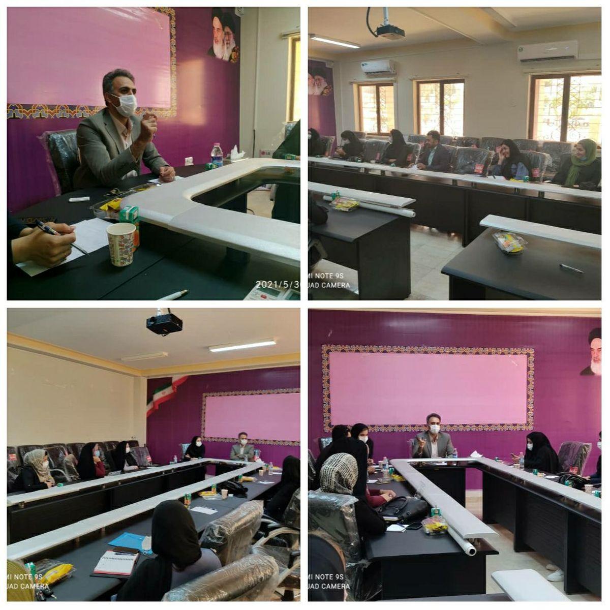 نشست آموزشی اجرای پاتوق های مهارتی و فرهنگی برگزار شد