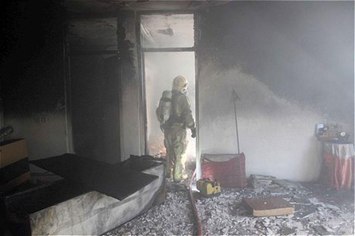 خانه ای در نظام آباد در آتش سوخت