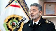 ملت ایران به دشمنان لبخند نمی زند