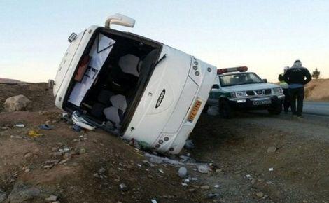 واژگونی اتوبوس در جاده رفسنجان به انار سه کشته برجا گذاشت