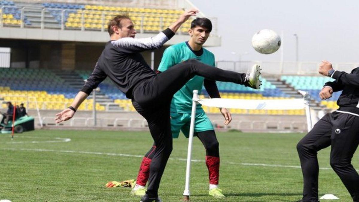 گل محمدی: مثل یک قهرمان بازی کردیم/ بازی با نساجی یکطرفه بود