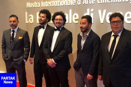 پاسخ پیمان معادی و نوید محمدزاده به سوالات حاضران پس از تشویق ۳دقیقهای «متری شیشونیم» در ونیز