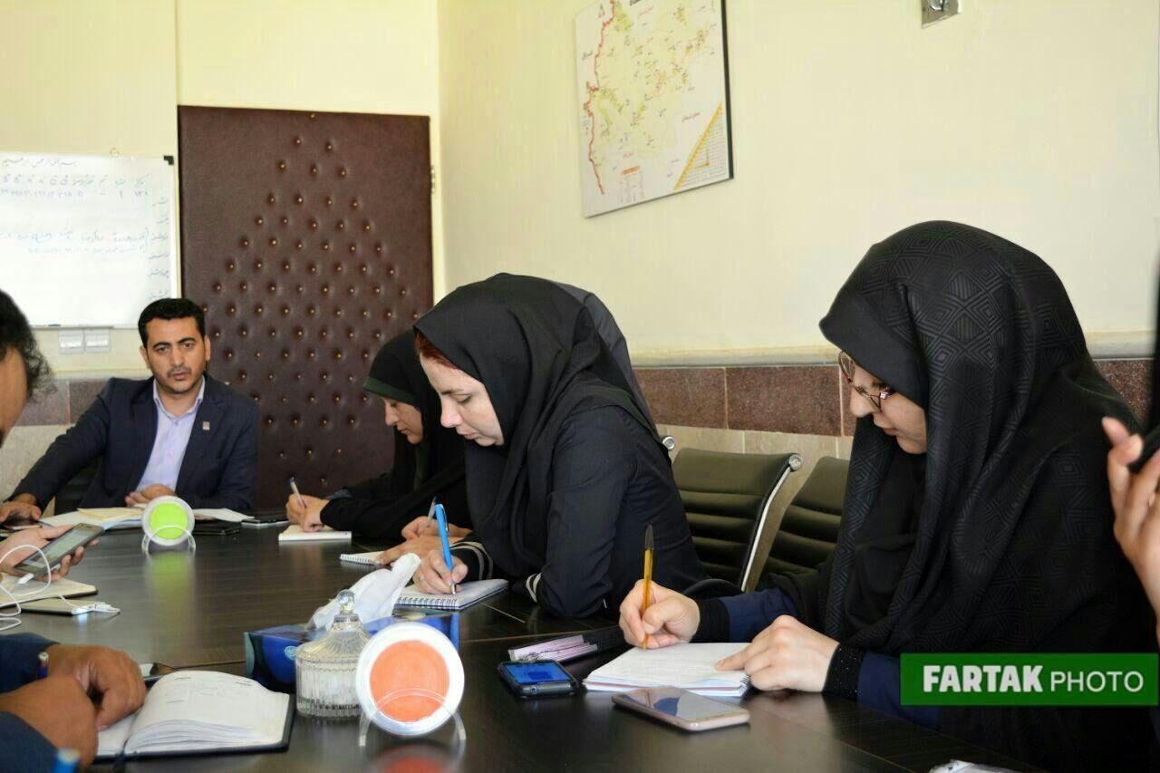 نشست خبری مدیر عامل انتقال خون کرمانشاه با اصحاب رسانه به مناسبت روز جهانی اهدا خون