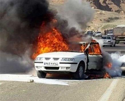 2 خودرو پس از تصادف در گردنه اسدآباد همدان آتش گرفتند