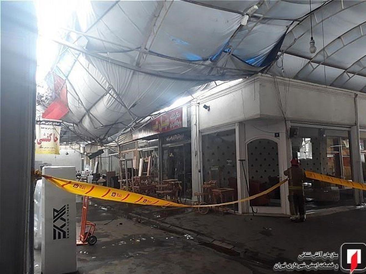 ریزش سقف پاساژ در یافت آباد بر اثر وزن برف + عکس