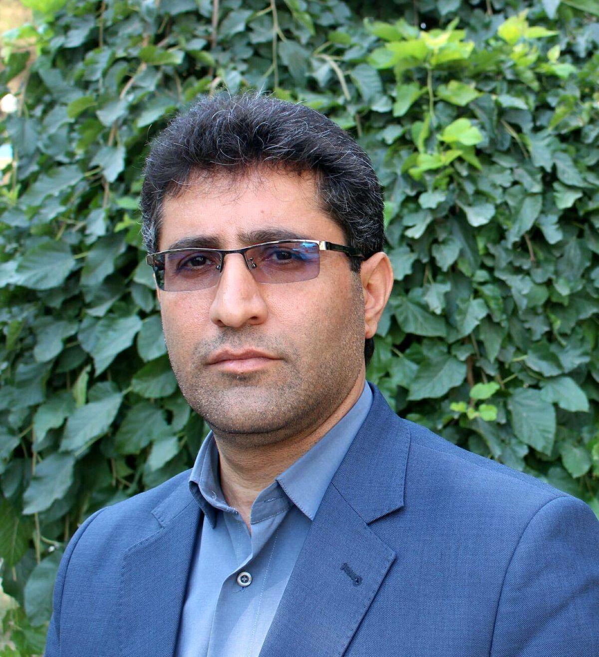  سمپاشی بیش از ۳۳ هزار هکتار از علف های هرز  مزارع گندم وجو در شهرستان کرمانشاه
