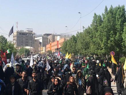 خدمت رسانی به زائرین توسط ١۶٠٠ نفر از مردم تهران