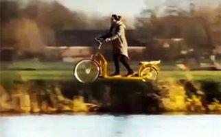 دوچرخه جالبی که عملکردی شبیه به تردمیل دارد! + فیلم