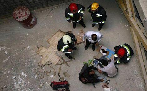 قطع شدن دست دختر 16 ساله در صحنه خودکشی ! + عکس دختر در محل حادثه