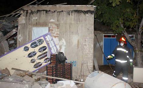 انفجار هولناک در شیراز / جوان 23 ساله زیر آوار گرفتار شد + عکس