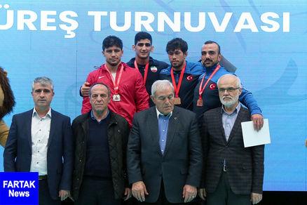 یک طلا و 2 برنز برای نمایندگان کشتی فرنگی ایران در ترکیه