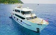 بیرون کشیدن لاشه قایق غرق شده گردشگران چینی در تایلند + فیلم