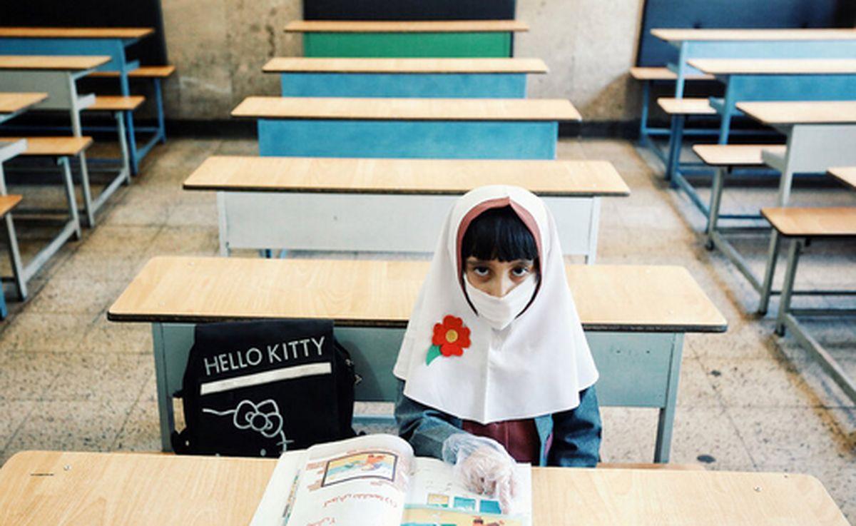 ممنوعیت برگزاری کلاسهای حضوری در مناطق قرمز و احتمال افزایش بازماندگان از تحصیل