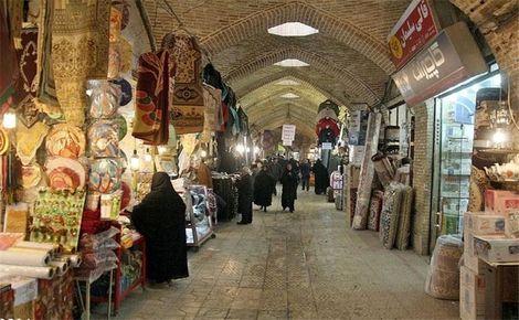 اصناف برای بهسازی بازار تاریخی زنجان مشارکت میکنند