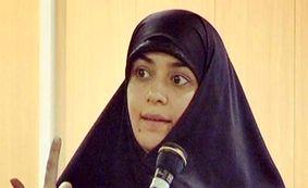 خانم بازیگر سخنران خطبه نماز جمعه شد! + عکس
