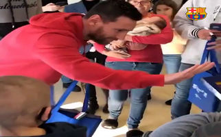 فیلم/ حضور مسی و ستارگان بارسا در بیمارستان کودکان