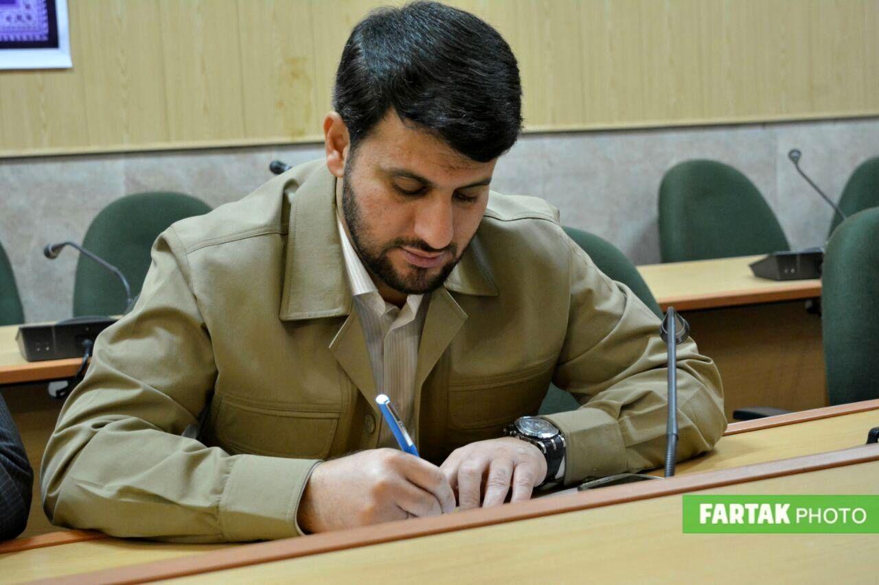 نشست اداری فرماندار کرمانشاه در پایان سال