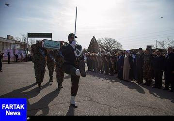 تشییع پیکر شهید گمنام در کرمانشاه + عکس