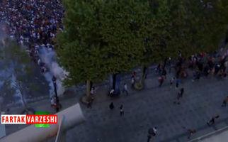 درگیری مردم فرانسه و پلیس در جشن قهرمانی