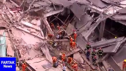 سقوط ساختمان و گرفتار شدن ۲۰ نفر زیر آوار