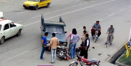 حادثه شدید برای 3 دختر موتورسوار در جاده قم