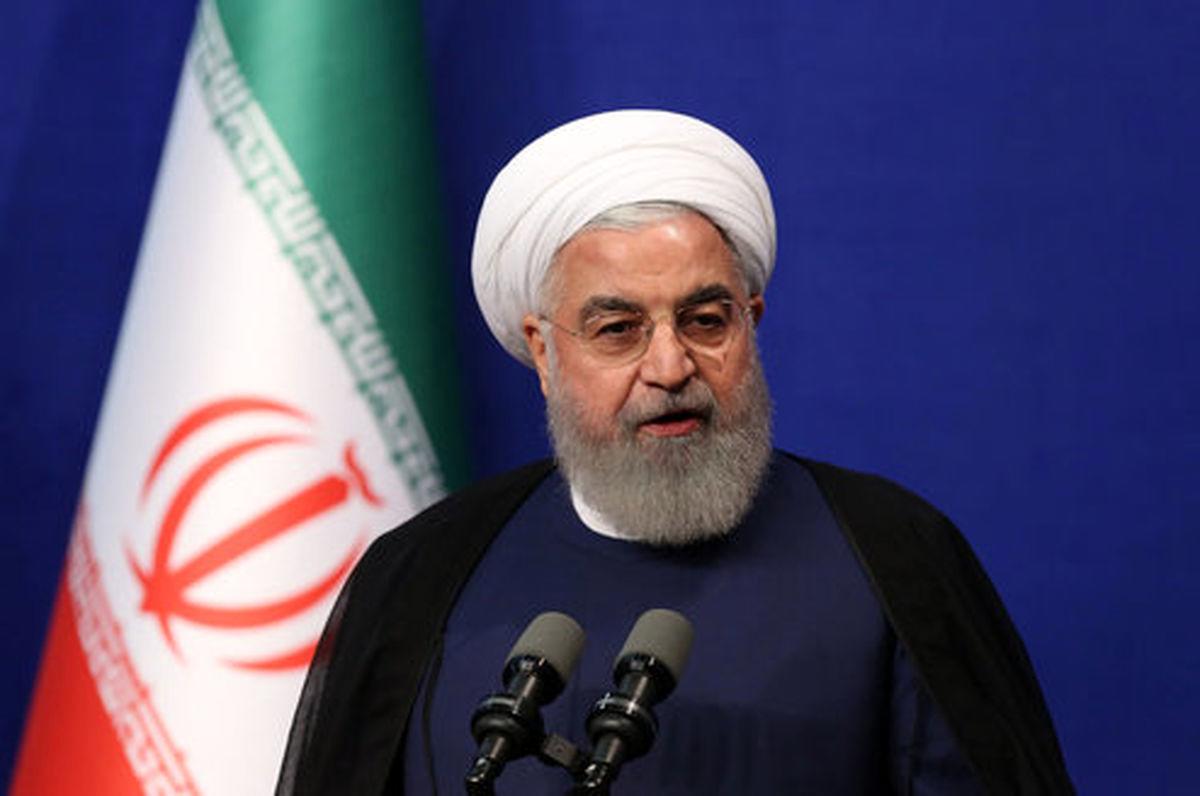 روحانی:آموزش در کشور ما در سختترین شرایط تعطیل نمیشود
