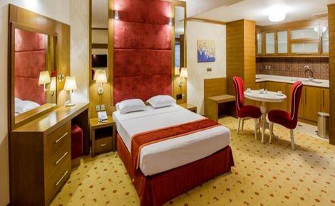 تعطیلی هتل ها در کشور هم چنان ادامه دارد