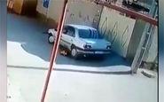 پدری که با خودرو پسرش را زیر گرفت + فیلم