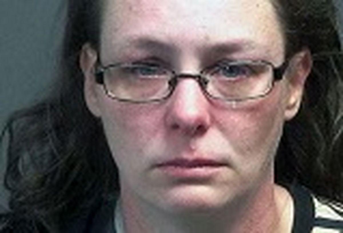 زنی که فریاد می زد واکسن بی واکسن دستگیر شد