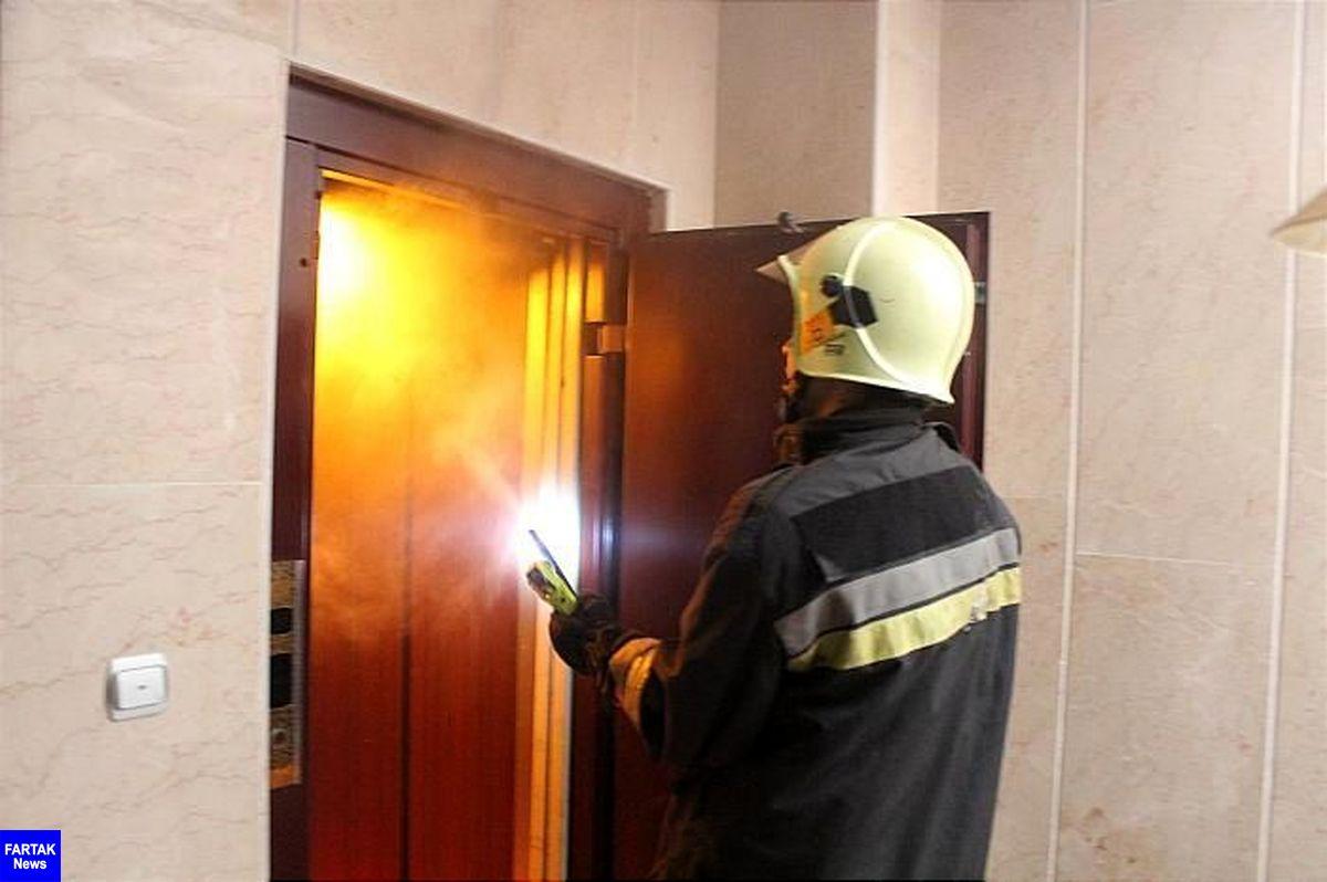 آتشنشانان زنجان چهار فرد گرفتار در میان آتش و دود را نجات دادند