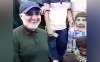حضور سردار سلیمانی و شادی مردم سیل زده شهرستان شادگان