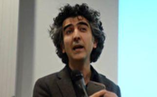 حمایت مردمی از پویش علیزاده درباره شفافیت مالی شبکه من و تو +فیلم